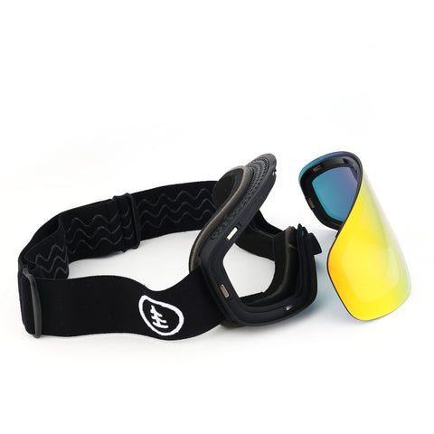 6fiftyfive ski goggles with magnetic lens. Change your lens in seconds