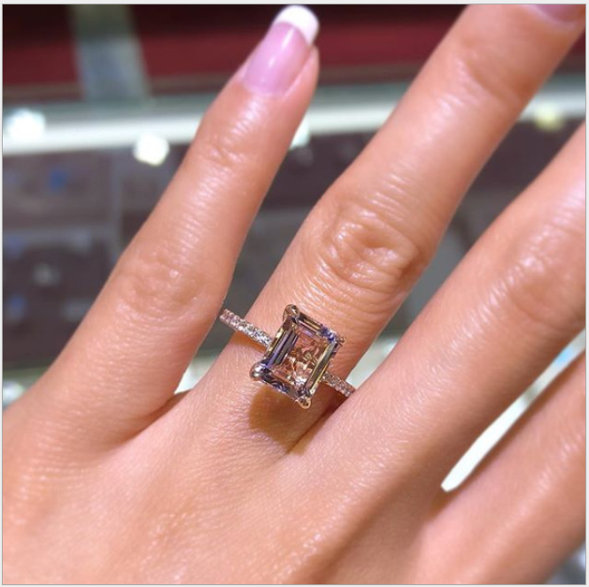 Europe and the United States new hot sale network red jewelry ins explosions accessories rose gold inlaid champagne imitation diamond ring