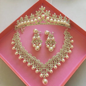 Hot bridal jewelry three sets of Korean big crown Wedding Pearl Necklace Set wedding accessories wholesale