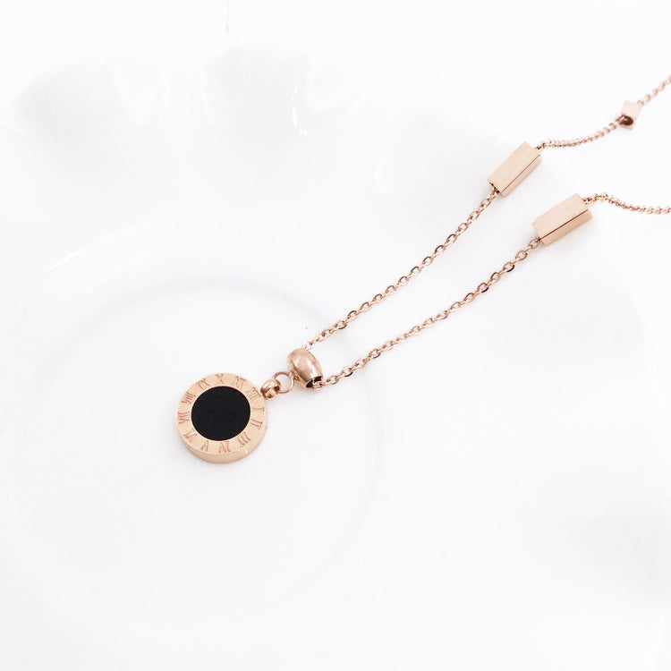 Korean fashion titanium steel plated 18K rose gold black and white double-sided Roman numerals necklace color gold clavicle chain female short chain