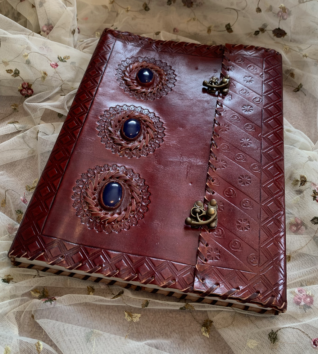 Xl Sodalite Leather Journal