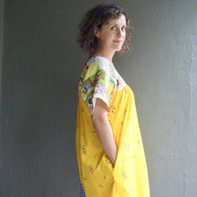 Load image into Gallery viewer, Size Medium Hayman Island  Smock Dress