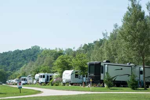 Eagle Cliff Campground Lifestyle Image