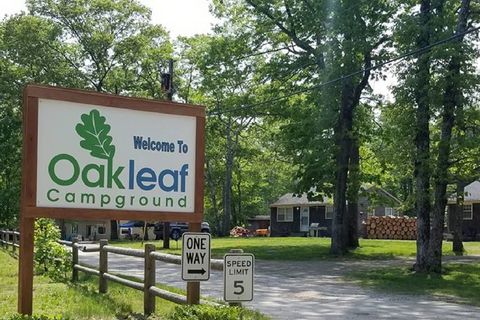 Oakleaf Family Campground Lifestyle Image