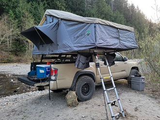 Overland Vehicle Systems Soft Shell Roof Top Tent