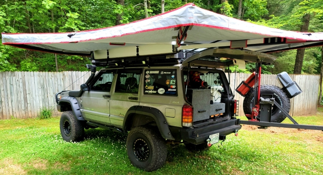 Overland Pros Wraptor 4k Awning on a Jeep