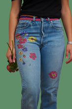 Load image into Gallery viewer, Vintage Reworked Customed Denim 501 Levi's Jeans
