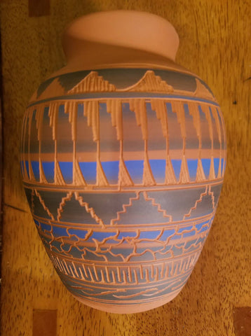 Navajo Etched Pot, signed by Vera Thompson