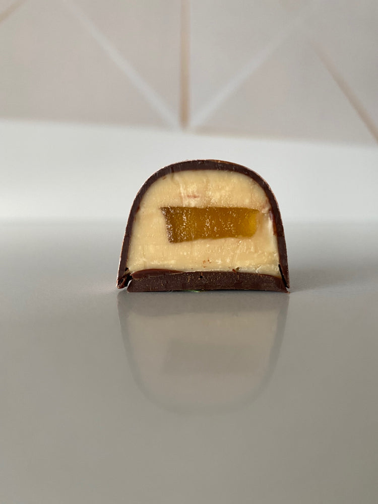 Load image into Gallery viewer, Pineapple Passionfruit Bon Bons