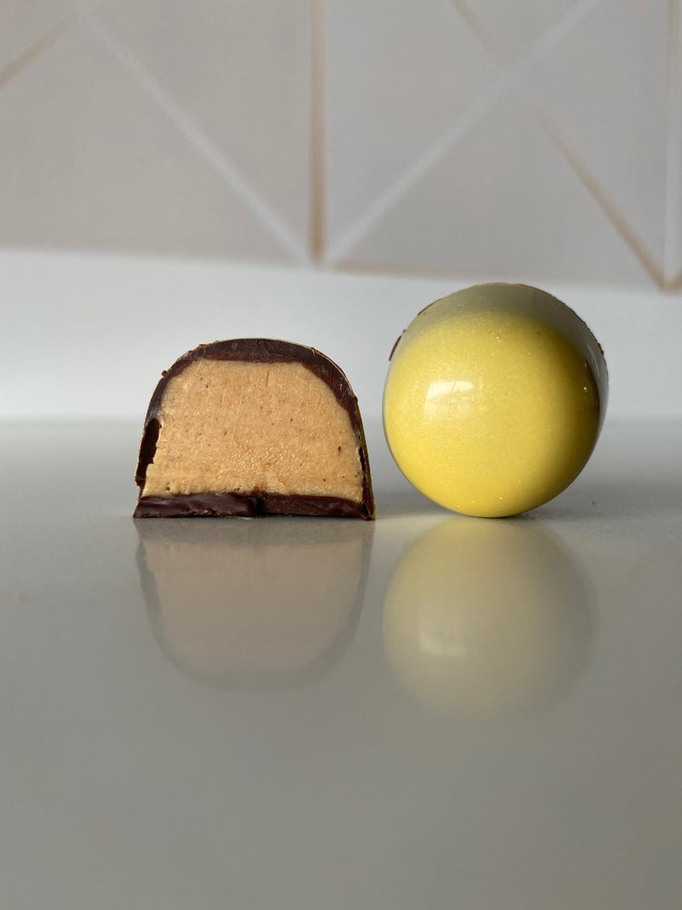 Load image into Gallery viewer, Peanut Butter Egg Bon Bons