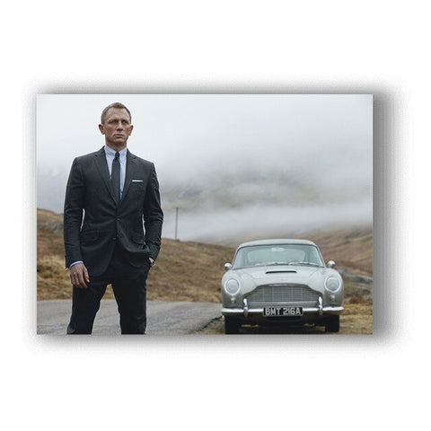 Poster James Bond & son Aston Martin - 40x60cm
