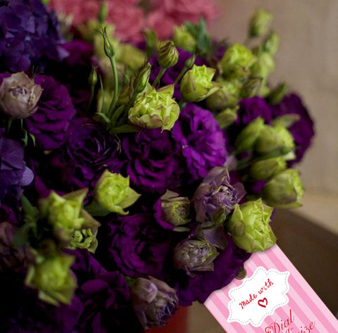 A beautiful bunch of Lisianthus