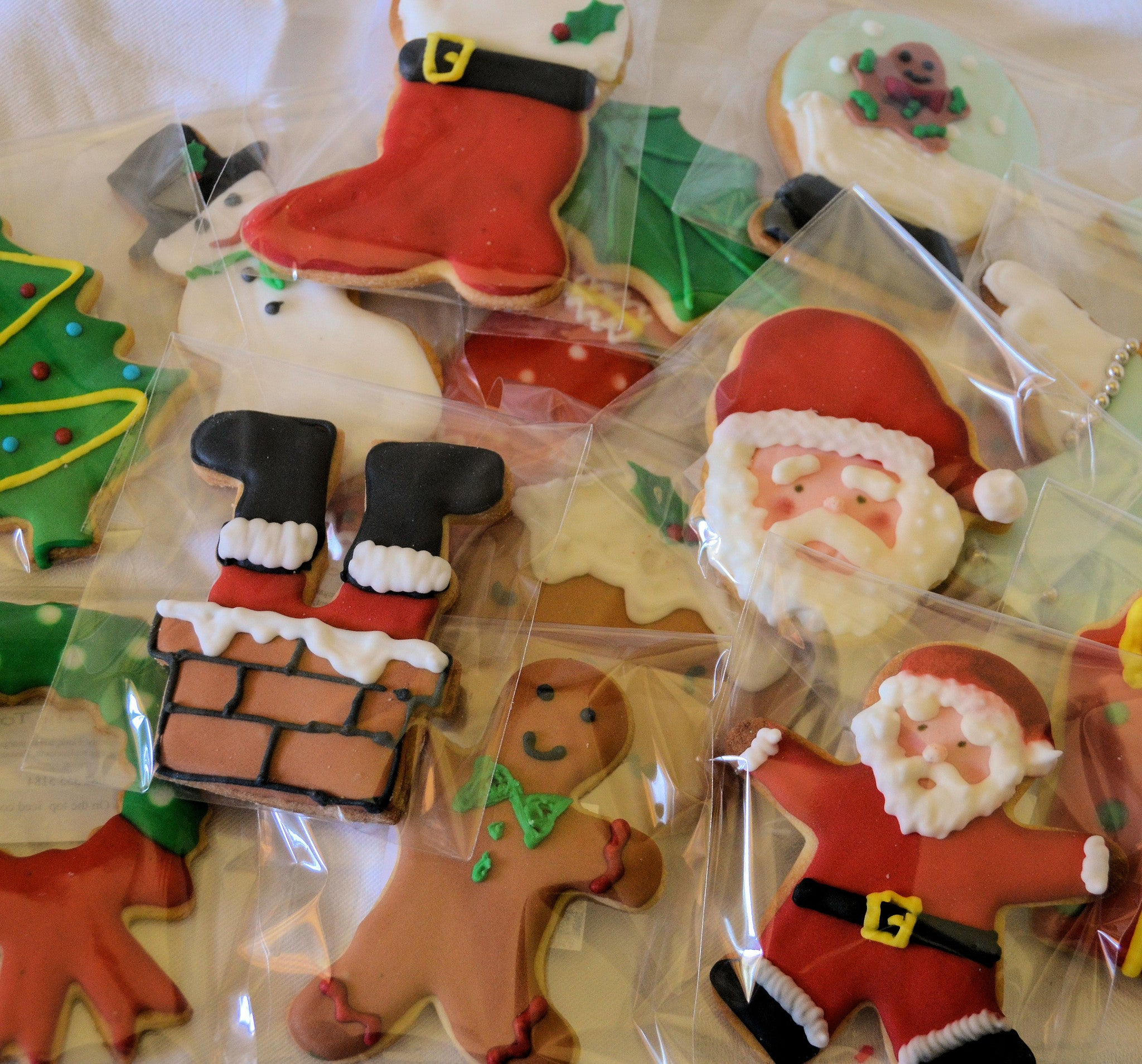 Gorgeous Handmade Christmas Biscuits (x12) in a Gift Box | Dial-a ...