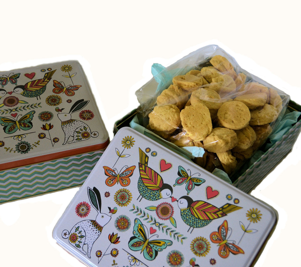 Collector's Biscuit Tin with Classic Biscuits Collection