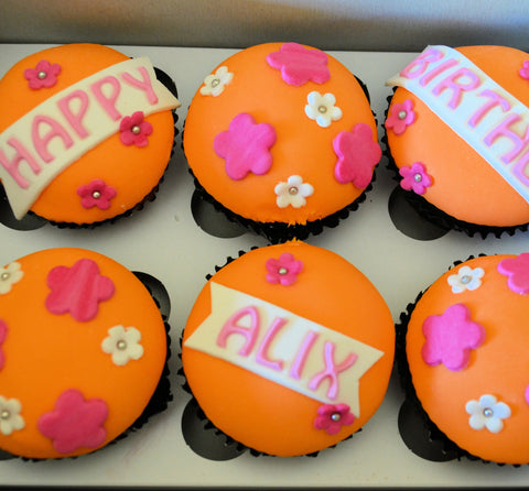 6 DELICIOUS Personalised Cupcakes in a Gift Box for HER