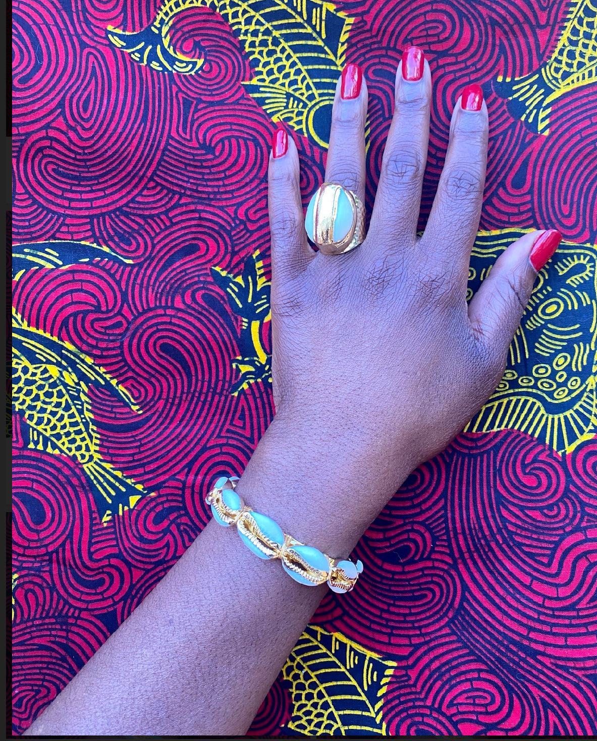 Large cowrie shell ring and bracelet