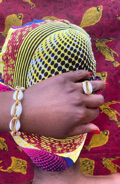 Cowrie shell ring and bracelet set