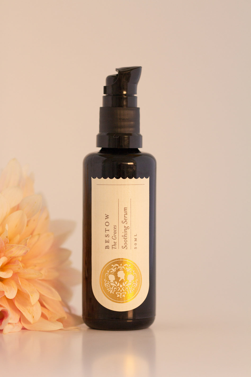 Bestow Graces Soothing Serum