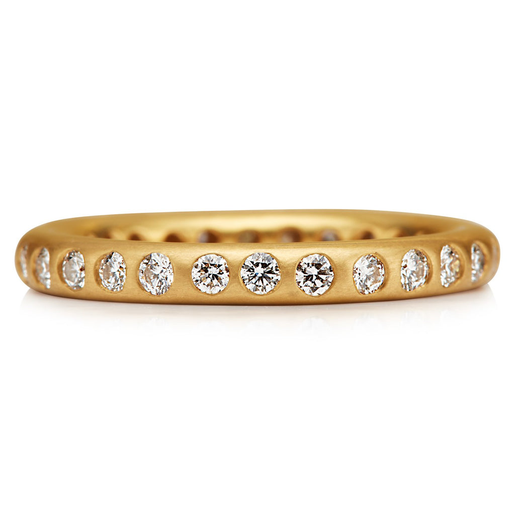 22K Apricot Gold Round Ring with Many Diamonds