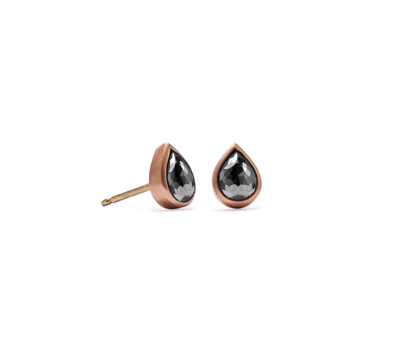 Bezel teardrop Black Rose Cut Studs