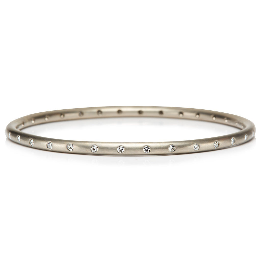 18K White Gold Round Bangle with 32 Diamonds