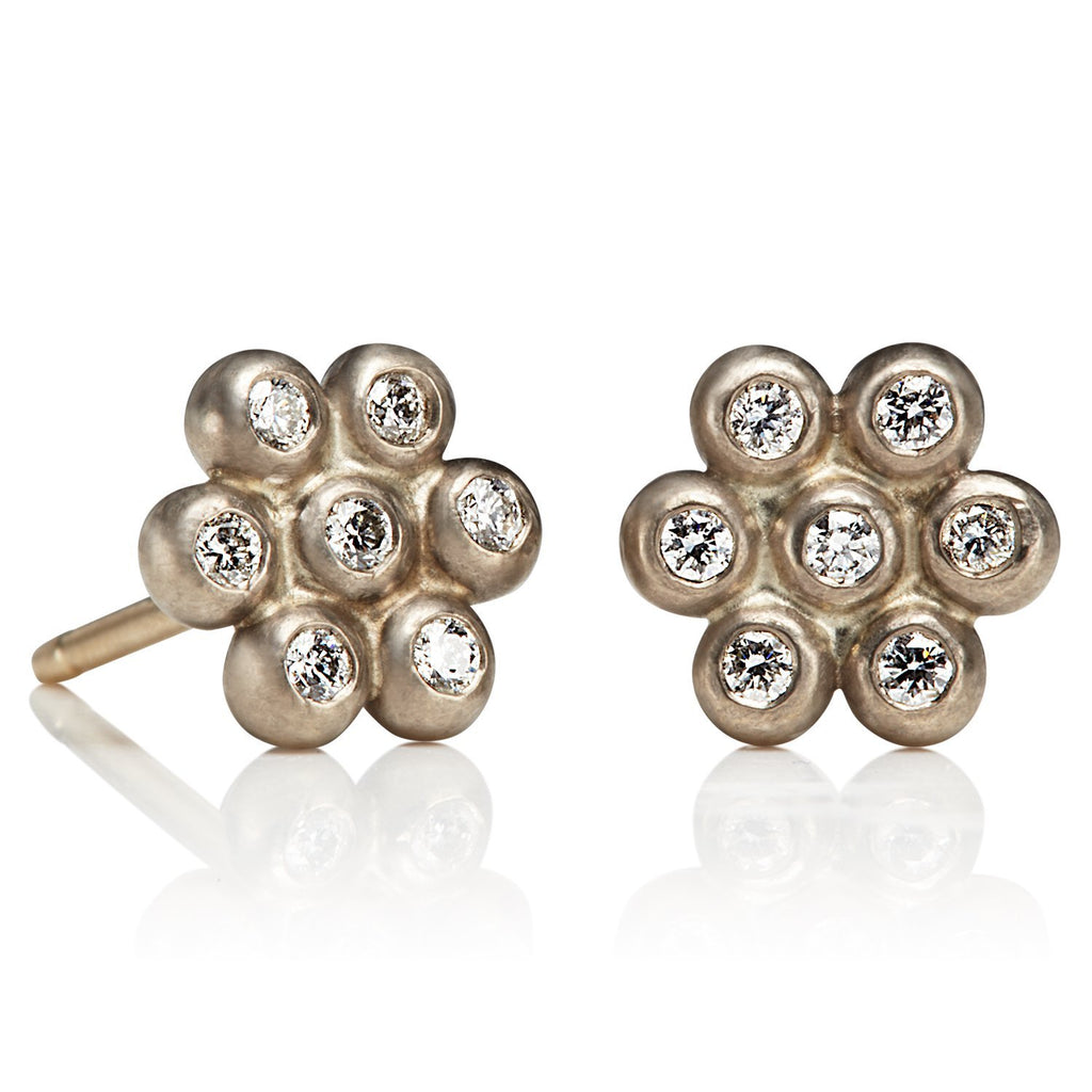 18K White Gold Small Snowdrop Studs