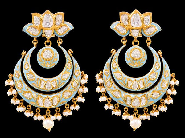 Let Kundan Jewelry And Meenakari Speak For Itself