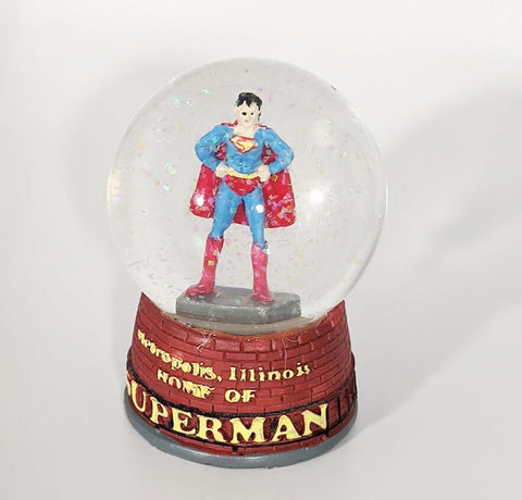 Metropolis Illinois Superman Statue Snow Glass Snow Globe