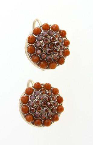 Classic dome-shaped clip-on earrings