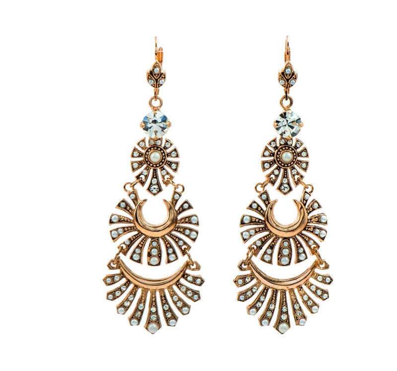 Impressive statment chandelier earrings