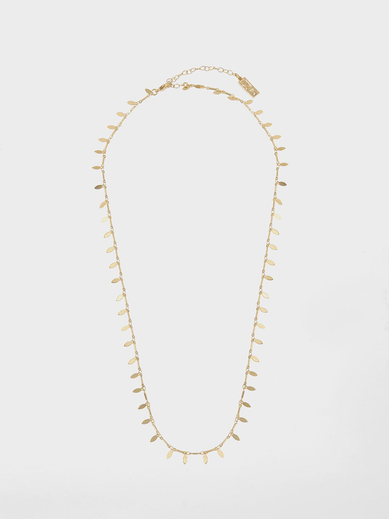 Nivi long chain - a delicate metal Leaves chain plated with a high-quality 24K yellow gold plating.