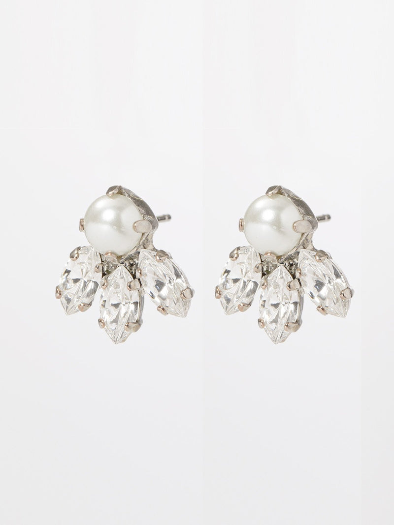 Monik earrings- pair of classic & elegant post earrings, set with marquise shaped crystals and a round pearl on top. o give. Length: 1.5cm