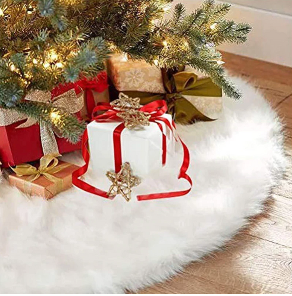 Winter White Faux Fur Tree Skirt