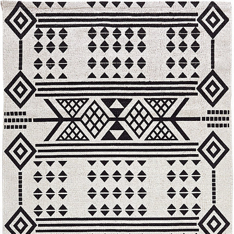 Tribal printed rug