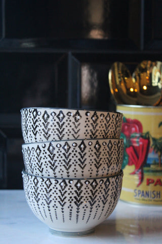 Small patterned bowls