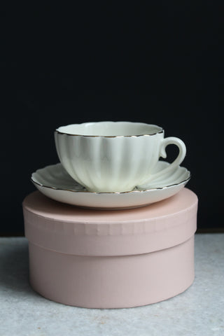 Bombay Duck China Teacup & Saucer In Gift Box