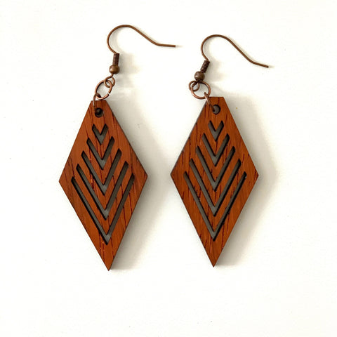 Diamond Earring with V Cuts in Leather