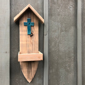 Hanging Wall Feeder with Ceramic Cross
