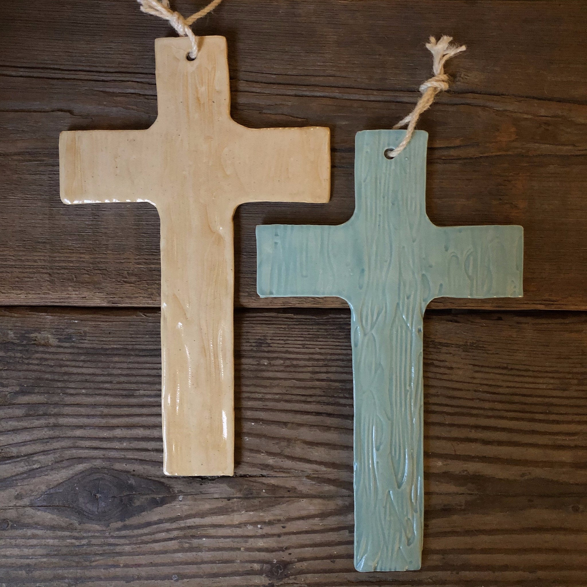 Wood-grain textured cross