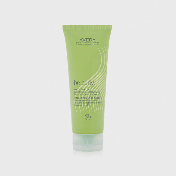 Be Curly™ Curl Enhancer - Aveda Salon de coiffure Geneve