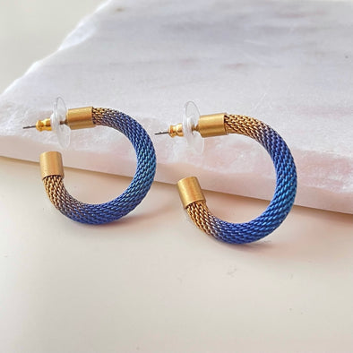 Sarah Cavender //  Milanese Mesh Earrings