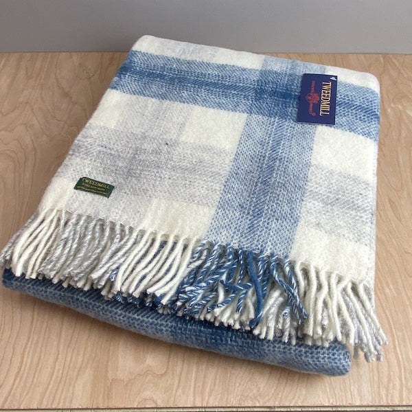 Pure New Wool Meadow Check Throw - Ink