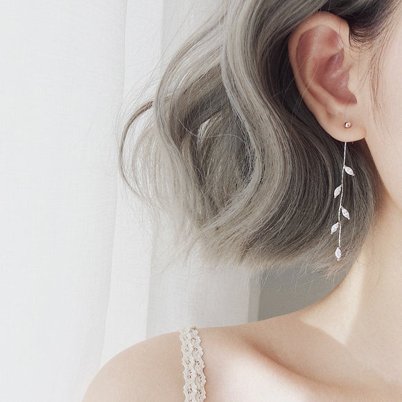 Leaf tassel drop earrings