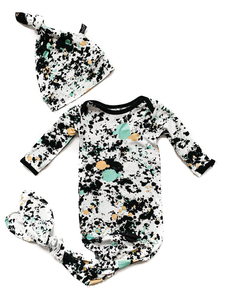 Peregrine Kids Splatter Paint Bamboo Newborn Gown & Hat