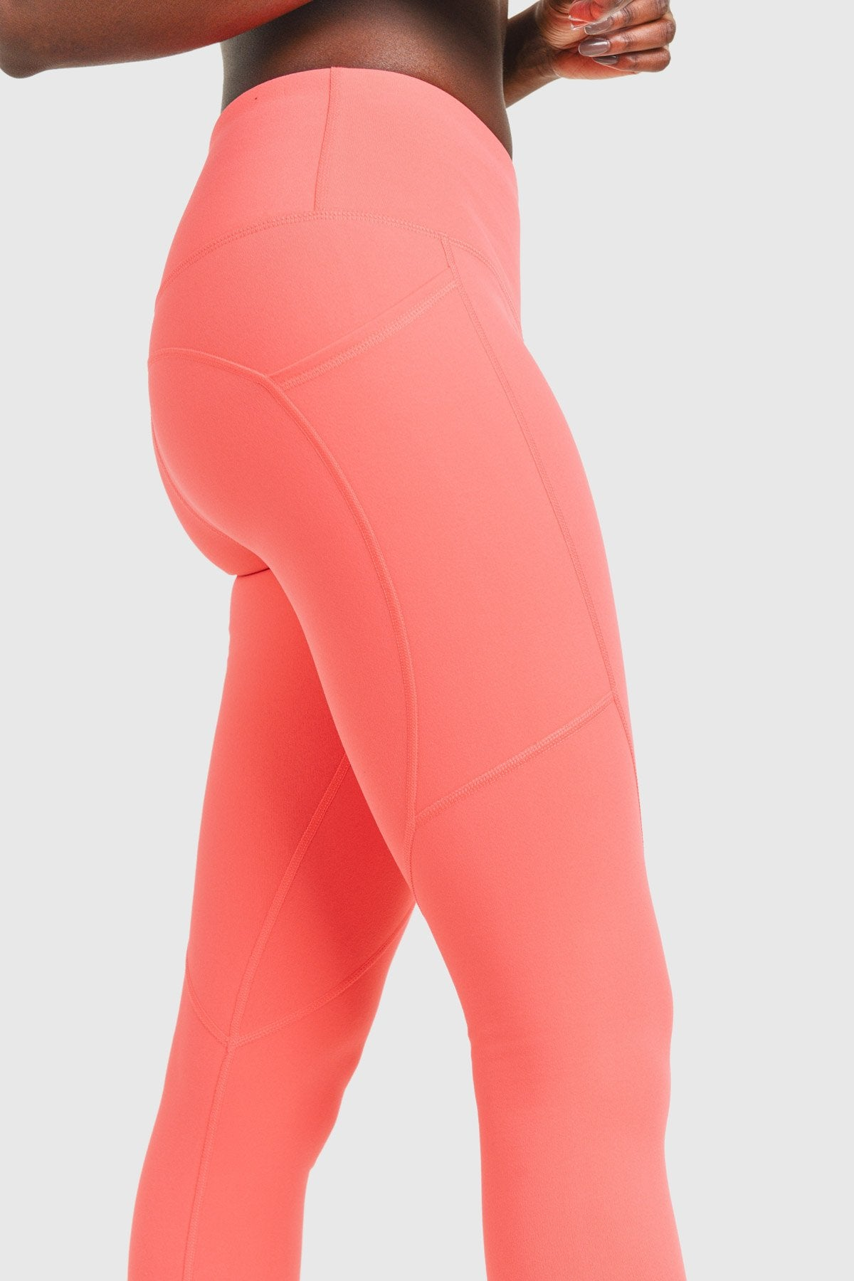 Essential Thermal Highwaist Leggings with Pockets
