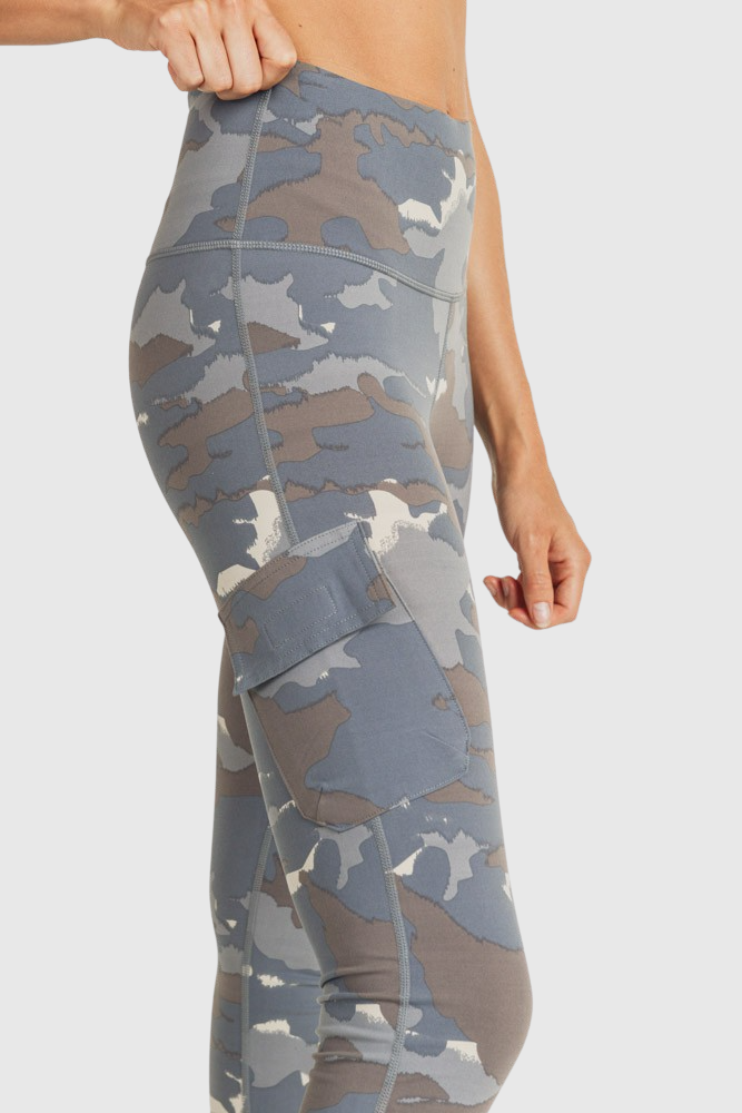 Blue Tundra Camo Cargo Hybrid Highwaist Leggings - Mono B Athleisure