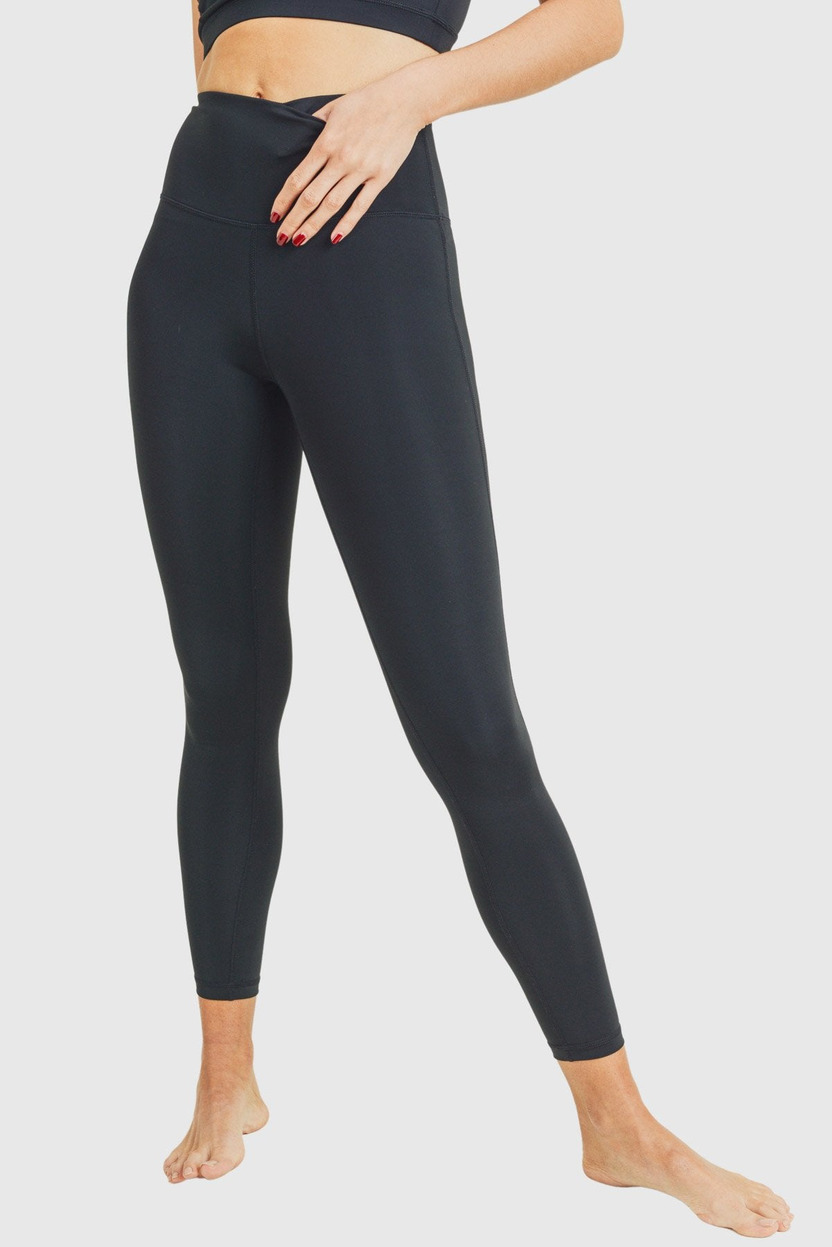 Essential Performance Highwaist Leggings - Mono B Athleisure