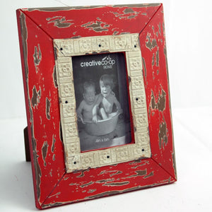 "4"" x 6"" Red Distressed Wooden Photo Frame"