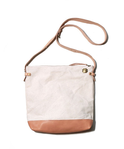 leather bottom shoulder bag deep L