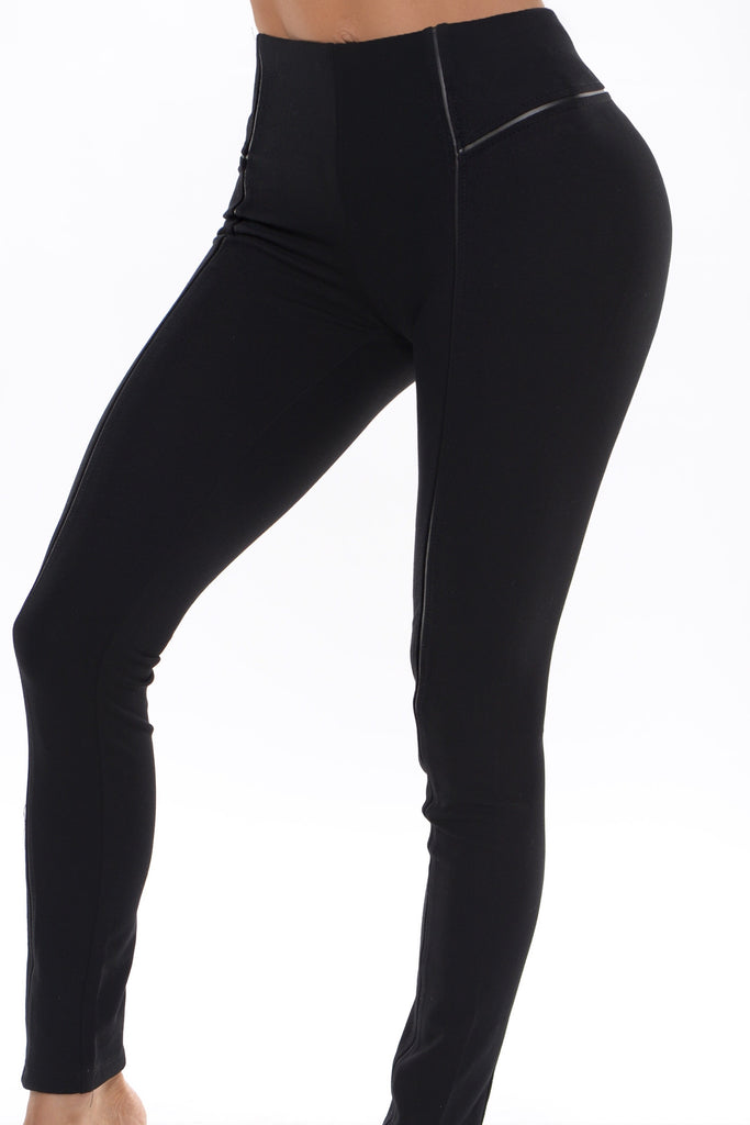"""Mystery Black"" Leggings"